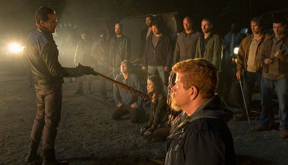 Critique de The Walking Dead Saison 7 : Negan contre Rick, un duel mortel