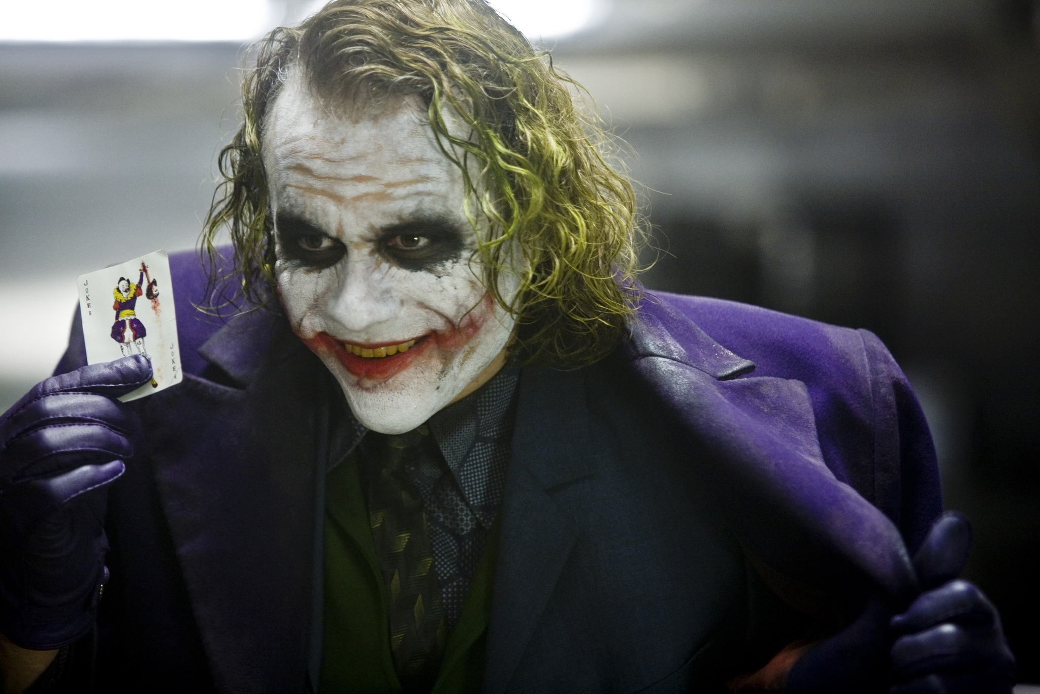 Heath Ledger joue le Joker, dans The Dark Knight