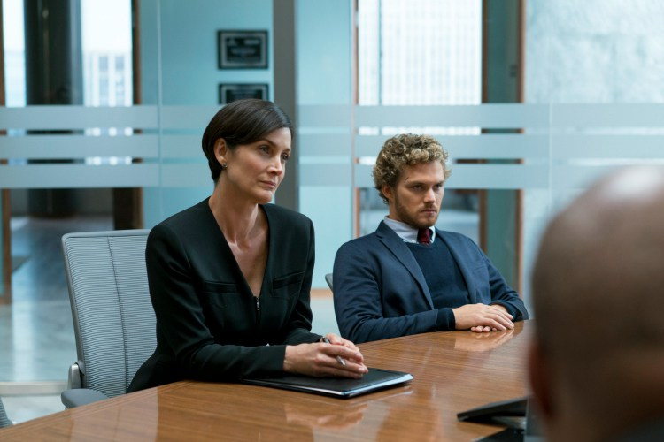 Jeri Hogarth dans Iron Fist