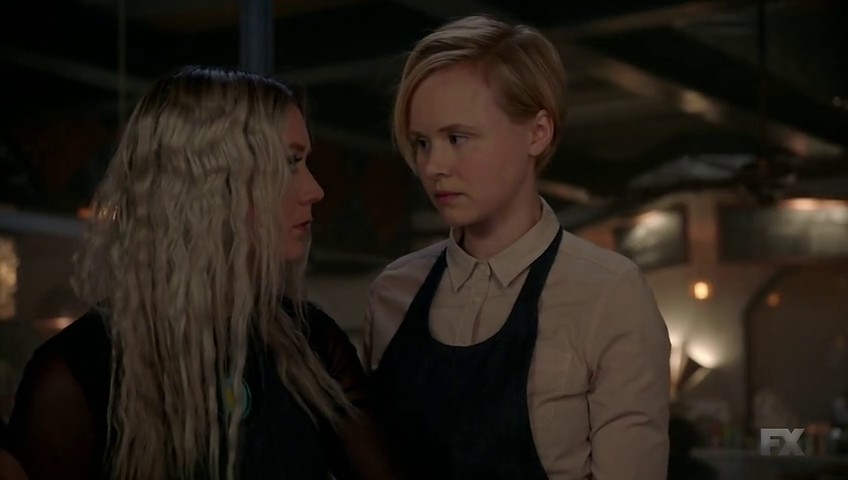 Image de Winter et Ivy Mayfair-Richards dans l'épisode 8 de la saison 7 d'American Horror Story