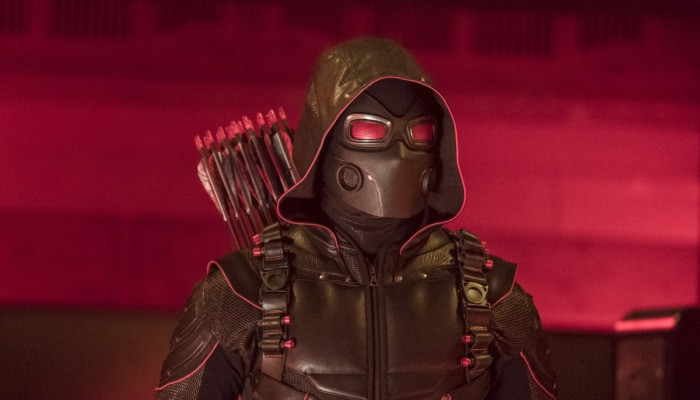 Image de Arrow dans le crossover Crisis on Earth X