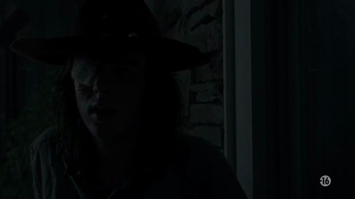 Image de Carl Grimes dans l'épisode 8 de la saison 8 de The Walking Dead