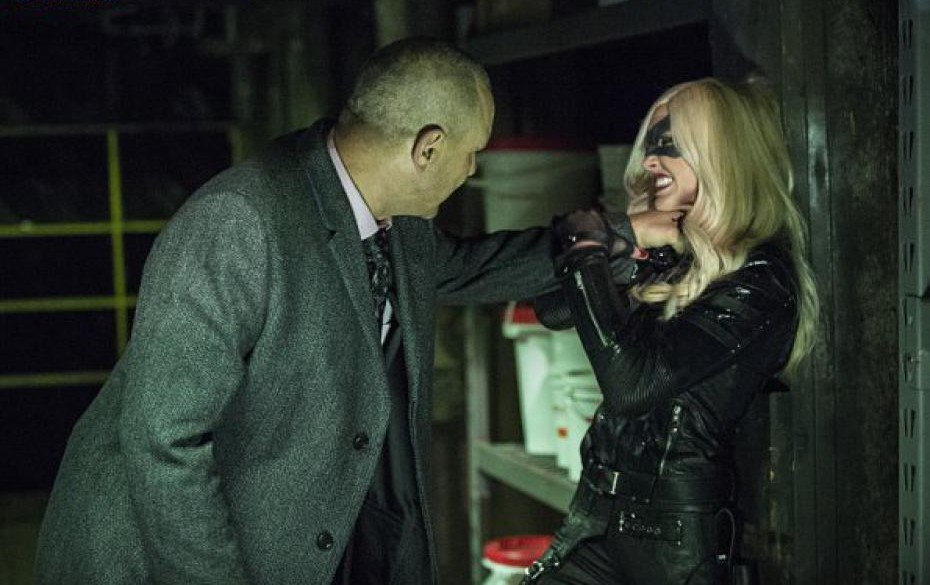 Arrow 3x11 : Bricks VS Starling City