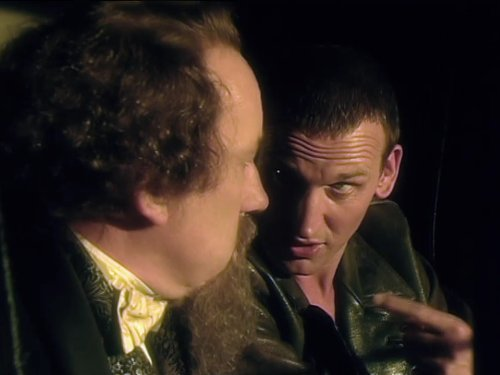 Image de Christopher Eccleston dans l'épisode 3 de la saison 1 de Doctor Who de 2005